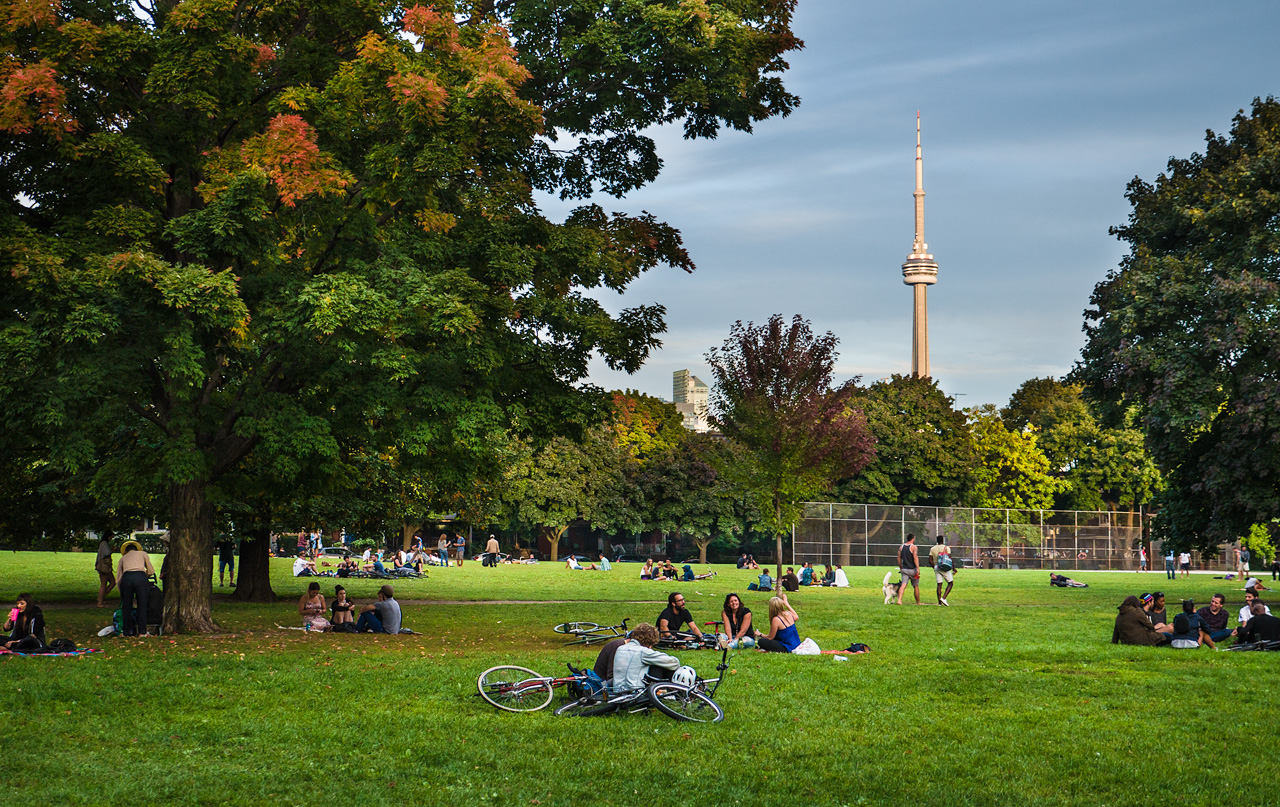trinity-bellwoods-park-toronto-real-estate
